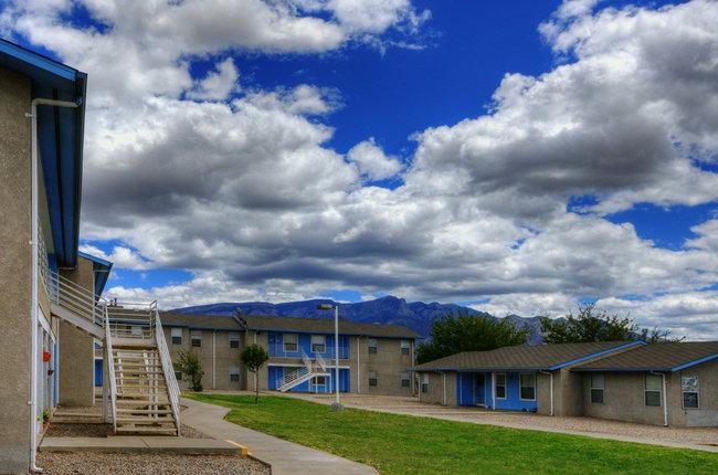 Sandia Vista Apartments
